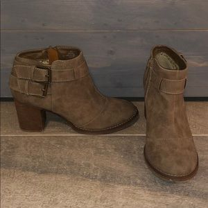 Brown/Grey Altar'd State Booties size 5.5